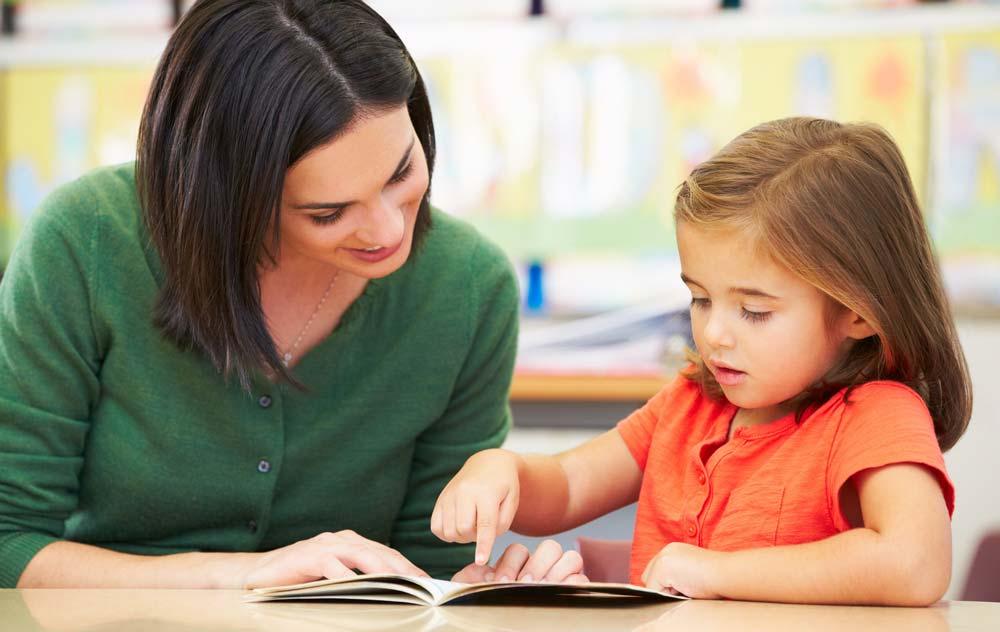 کارگاه مهارت های کلاس داری و ارتباط موثر با دانش آموز