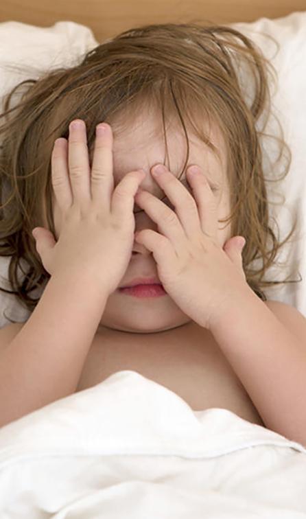 خجالت کشیدن در کودک: راهکارها و علل