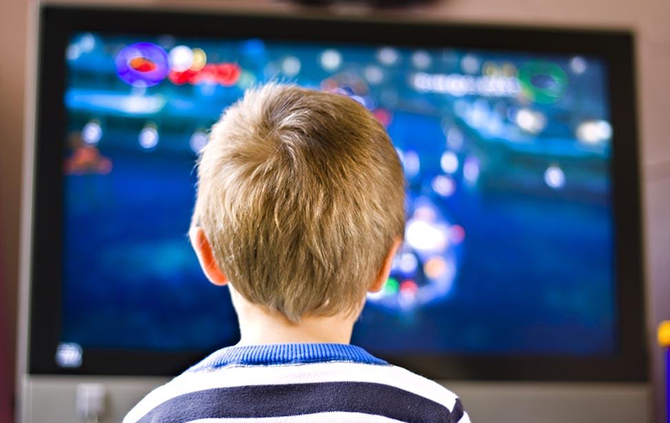 تاثیر تلویزیون بر کودک